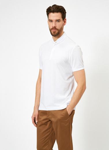 Koton Hakim Yaka Basic Slim Fit T-Shirt Beyaz